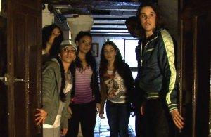 Algunos de los jóvenes que han participado en otras iniciativas y que lo harán en el corto de terror. :: L. V.