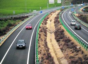 Final del tramo de vía de la Jerez-Arcos que se pretende prolongar hasta Bornos y Algodonales.  A. R