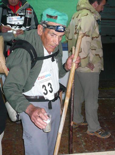 Francisco Contreras Padilla, 74 años de edad, es el corredor más longevo que ha participado el la 1ª Ultra Trail Sierra de los Bandoleros. Foto:Francisco Pozo