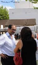 """El alcalde de Villamartín, Juan Luis Morales, y la concejala de la Mujer, Carolina Coronil, han presentando la campaña de sensibilización, """"Porque tenemos los mismos derechos"""". Foto de archivo"""