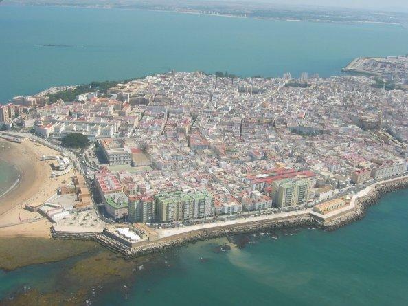 Te invitamos hoy a dar un paseo por Cádiz. Solo tienes que clicar en esta foto. ErDesvan.com