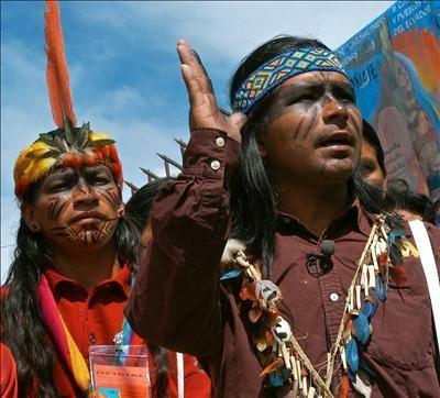 indigenas-ecuador