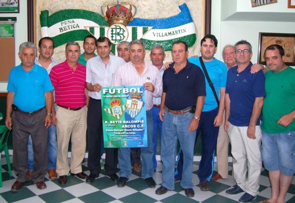 La reuniòn de peñas bèticas tuvo lugar en la Peña Bètica de Villamartìn. Foto Fuentes